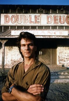 30 Photographs of a Young Patrick Swayze Rocking His Mullet Hairstyle in the and Lisa Niemi, Dirty Dancing, Houston, Bruce Lee, Bambi, Patrick Swayze Movies, Patrick Swazey, Martial, Patrick Wayne