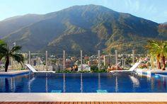 Vista del cerro EL Avila, desde el hotel Pestana. Caracas