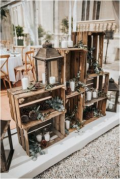 Luxurious and rustic in a Castle Luxurious wedding, rustic, Castle in Bordeaux. Luxurious, country-style wedding in a Bordeaux Château. French Wedding Style, Country Style Wedding, Luxury Wedding Venues, Rustic Wedding Venues, Rustic Weddings, Country Weddings, Destination Wedding, Deco Champetre, Wedding Toasts