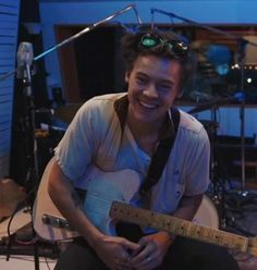 Harry Styles Baby, Harry Styles Pictures, Harry Edward Styles, Harry Styles Icons, Foto One, I Love Him, My Love, Harry Styles Wallpaper, Mr Style