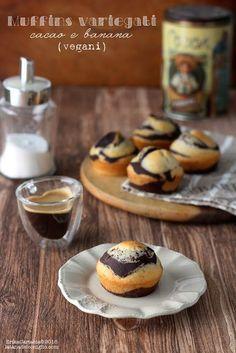 Muffins variegati cacao e banana (vegani) (La tana del coniglio)
