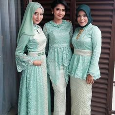Party Gamis Models For Fat Women Kebaya Lace, Kebaya Hijab, Batik Kebaya, Kebaya Dress, Batik Dress, Model Kebaya Modern Muslim, Model Kebaya Brokat Modern, Kebaya Modern Hijab, Islamic Fashion