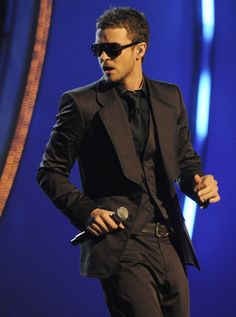 Ohhhh...cant wait to see him in concert tomorrow nt!!!