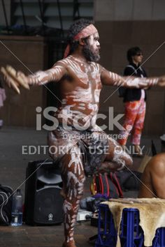 Traditional Aboriginal man performing on Australia Day Aboriginal Man, Australia Day, Types Of Photography, Guy Pictures, New Image, Celebrity Photos, Royalty Free Stock Photos, Traditional, Celebrities