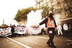 Reto 7: FOTONOTICIA. Manifestación en París en mayo del 2013 al finalizar una manifestación. #RetoVisual0911 #PE0911