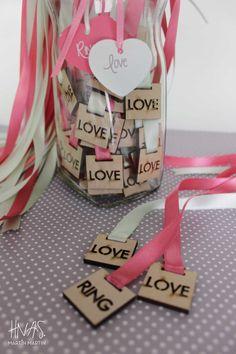 cintitas para las solteras, love / ring Purple Wedding, Trendy Wedding, Summer Wedding, Our Wedding, Purple Table, Diy Wedding Gifts, Wedding Table Flowers, Creative Wedding Ideas, Fashion Cakes