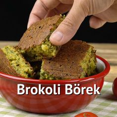 Şaşırtır: Brokoli Börek Tarifi – Vejeteryan yemek tarifleri – Las recetas más prácticas y fáciles Diet Desserts, Diet Snacks, Healthy Desserts, Diet Recipes, Vegetarian Recipes, Avocado Dessert, Slow Food, Burritos, Broccoli