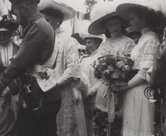 Nicholas II, Alexandra Feodorovna and Grand Duchesses Tatiana and Olga Nikolaevna