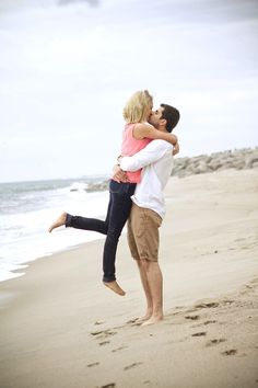 Engagement Pictures on the beach are a must when you live in Florida:) Engagement Couple, Engagement Pictures, Engagement Shoots, Wedding Engagement, Image Photography, Couple Photography, Engagement Photography, Wedding Photography, Photography Ideas