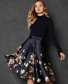 461 Best dresses images  0cd0077c3a44