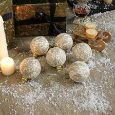 Set of 6 gold glitter lace Christmas tree baubles ornate pretty decoration