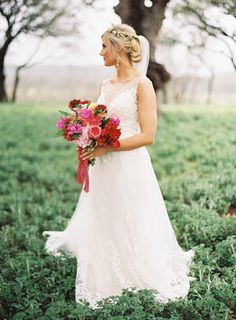 Photography: Brett Heidebrecht - www.brettheidebrecht.com  Read More: http://www.stylemepretty.com/2015/06/02/colorful-boho-glam-texas-hill-country-wedding/