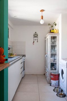 167_25 Decor, Home Appliances, Home Goods, Kitchen Cabinets, Boho Kitchen, New Homes, Home Decor, Cozy Living, House Colors