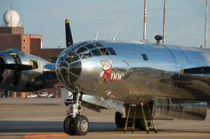 """Aposentado em 1956, o B-29 """"Doc"""" está pronto para voltar a voar (Doc's Friends)"""