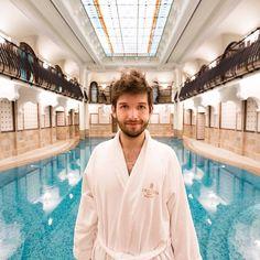 Meine Zeit in Budapest ist leider schon zu Ende aber vor meiner Abreise habe ich es mir nicht nehmen lassen noch ein paar Runden wie ein Hai im Pool des Royal Spa im Corinthia Hotel Budapest zu drehen.