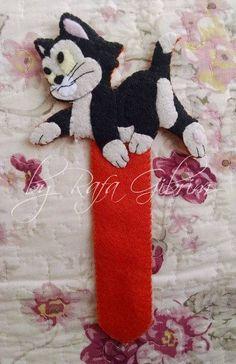 https://flic.kr/p/BMiPgR   Marca página do Fígaro, gatinho simpático do Pinóquio.   Marca página do Fígaro, gatinho simpático do Pinóquio. Encomendado por Chris - São José dos Campos / SP