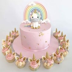 This is what I had a unicorn birthday cake for my birthday - cake . - Kuchen Kindergeburtstag - first birthday cake-Erster Geburtstagskuchen First Birthday Cakes, Birthday Cake Girls, Unicorn Birthday Parties, Unicorn Party, Girls 1st Birthday Cake, Unicorn Wedding, Cupcake Birthday Cake, Birthday Cup, Glitter Birthday