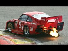 Porsche 935 Turbo Kremer K3 HUGE Flames & Sound
