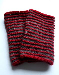 Crochet Socks, Knit Mittens, Knitted Gloves, Knit Crochet, Textiles, Hand Warmers, Handicraft, Diy Fashion, Diy And Crafts