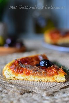 Pichade de Menton (Tomato Pissaladière) - Quick and Easy Recipes Pizza Recipes, Meat Recipes, Cooking Recipes, Chipotle, Zucchini Puffer, Ramadan Recipes, Sandwiches, Healthy Crockpot Recipes, Cheap Meals