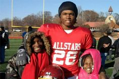 Lorenzo Mauldin's Amazing Transformation from Angry Foster Child to NFL Prospect | Bleacher Report