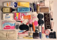 School Bag Essentials, Travel Bag Essentials, Travel Bags, School Emergency Kit, Emergency Kits, Nyc Projects, Travel Size Makeup, What In My Bag, Travelling Tips