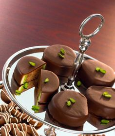 Marzipante Recipe: Marzipan Nougat Chocolates for the Advent Season – One of delicious, tasty recipes by Dr. Delicious Cake Recipes, Yummy Cakes, Sweet Recipes, Dessert Recipes, Yummy Food, Marzipan Recipe, Christmas Desserts, Christmas Recipes, Christmas Baking