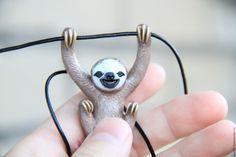 Купить или заказать Ленивец кулон. Украшения с животными. Sloth pendant в интернет-магазине на Ярмарке Мастеров. Просто кулон для ленивых людей. Если ленивец понравился, делитесь в соц.сетях, заранее моя благодарность :) Следите за новинками, н…