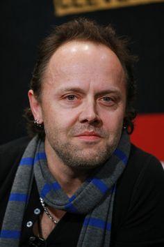 http://www2.pictures.gi.zimbio.com/Lars+Ulrich+Rock+Hall+Fame+Announces+2009+sUoQxfzi-8tl.jpg
