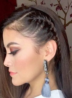 Trenzas Side Braid Hairstyles, Dance Hairstyles, Baddie Hairstyles, Pretty Hairstyles, Girl Hair Dos, Hair Upstyles, Editorial Hair, Braids For Long Hair, Cool Hair Color