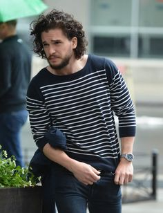 Kit Harington out in New York after epic Game of Thrones battle scene ... Kit Harington Game of Thrones #KitHarington #WhiteWalkersGOT #WhiteWalkersNET