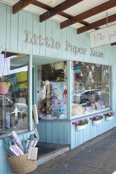 Little paper love shophttp://littlepaperlane.com.au/  Papelería
