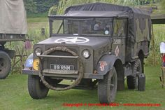 1943 Bedford MWD 15cwt GS Bedford Truck, Rc Crawler, Army Vehicles, Rolling Stock, Car Wheels, British Army, Wwii, Antique Cars, Monster Trucks