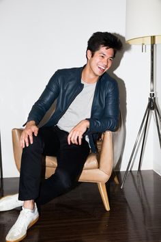 Ross Butler on 13 Reasons Why, the Art of Learning and Asian Heroes: We had the chance to sit down and chat with Ross Butler, who plays Zach Dempsey on Netflix's newest hit show, 13 Reason Why. -- Ross Butler Style  |  covetetur.com
