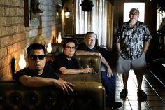 Los Lobos at 40...their music makes me happy!