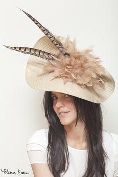 #Tocado de #plumas #nude Rita Von 85.90€