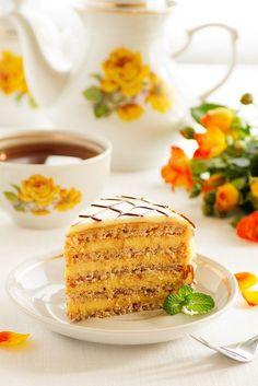 """На прошлой неделе пекла этот торт для хорошей знакомой. Не смогла вежлво отказать. На все мои """"вдруг не получится или не понравится"""" было убедительное """"как получиться так и будет хорошо"""".... Отмазаться не получилось.…"""
