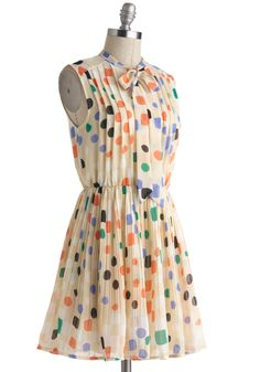 "I'd wear this to work. Yeah, I could totally rock the Emma Stone, ""The Help"" look."