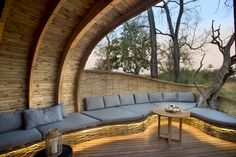 Streamlight. Sandibe Game Lodge, Botswana / Lighting Design