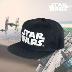 """Für alle die #Star #Wars cool finden: Die schwarze #Cap """"77"""" von Star Wars. Auf der Front prangt ein gesticktes, schwarzes Star Wars Logo mit weißer Umrandung auf der Rückseite eine 77. Besonders cool: Die Unterseite des schwarzen Schirms ist mit dem #Rebellion und #Empire Logo bedruckt und dem Schriftzug Star Wars, der auch an der Innenseite der Cap ist. #starwars #merch"""