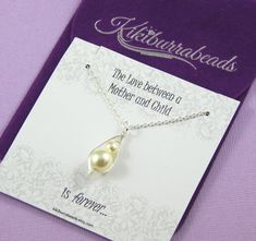 Pea Pod Necklace Mother And Child Necklace by Kikiburrabeads