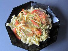 Maggi Sommernudeln mit buntem Gemüse verfeinert mit Petersilie und Schnittlauch Foto 5