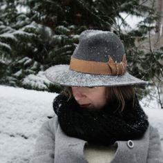 Tiia Maria gray fedora hat