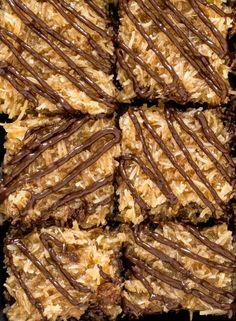 SAMOA BROWNIESReally nice recipes. Every hour.Show me what you  Mein Blog: Alles rund um die Themen Genuss & Geschmack  Kochen Backen Braten Vorspeisen Hauptgerichte und Desserts # Hashtag