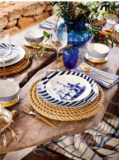 These rope place mates are awesome when setting a nautical table. The place settings are amazing as well. New Zara Home Spring