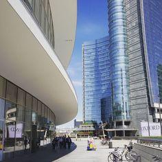 YoYo atelier   #piazzagaeaulenti #milano #portanuova #milanoportanuova #torreunicredit #architettura #contemporanea . #milan #italy #travel #travelling #travellingram #instatravel #contemporary #architecture
