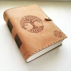 Leather journal - hrubý kožený zápisník A5 / tree of life / pyrography / slavic sign / bookbinding / leather work / handmade / Slovakia