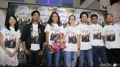 Film romansa ringan kembali meramaikan perfilman Indonesia | PT. Kontak Perkasa Futures Cabang Makassar      Lama berpisah, Laura yang seka...