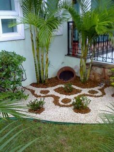 Easy diy landscaping ideas easy and simple landscaping ideas for beautiful garden designs easy garden design . Small Front Yard Landscaping, Florida Landscaping, Succulent Landscaping, Landscaping With Rocks, Modern Landscaping, Backyard Landscaping, Landscaping Design, Backyard Ideas, Big Backyard