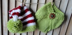 Baby Beanie Hat Newborn Baby Beanie and Diapercover in Red, Green, and White Baby Photo Prop